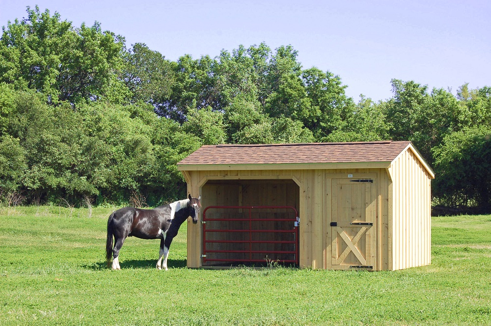 Portable horse barn shed image gallery deer creek for Horse shed
