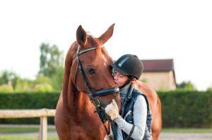 bonding with horse