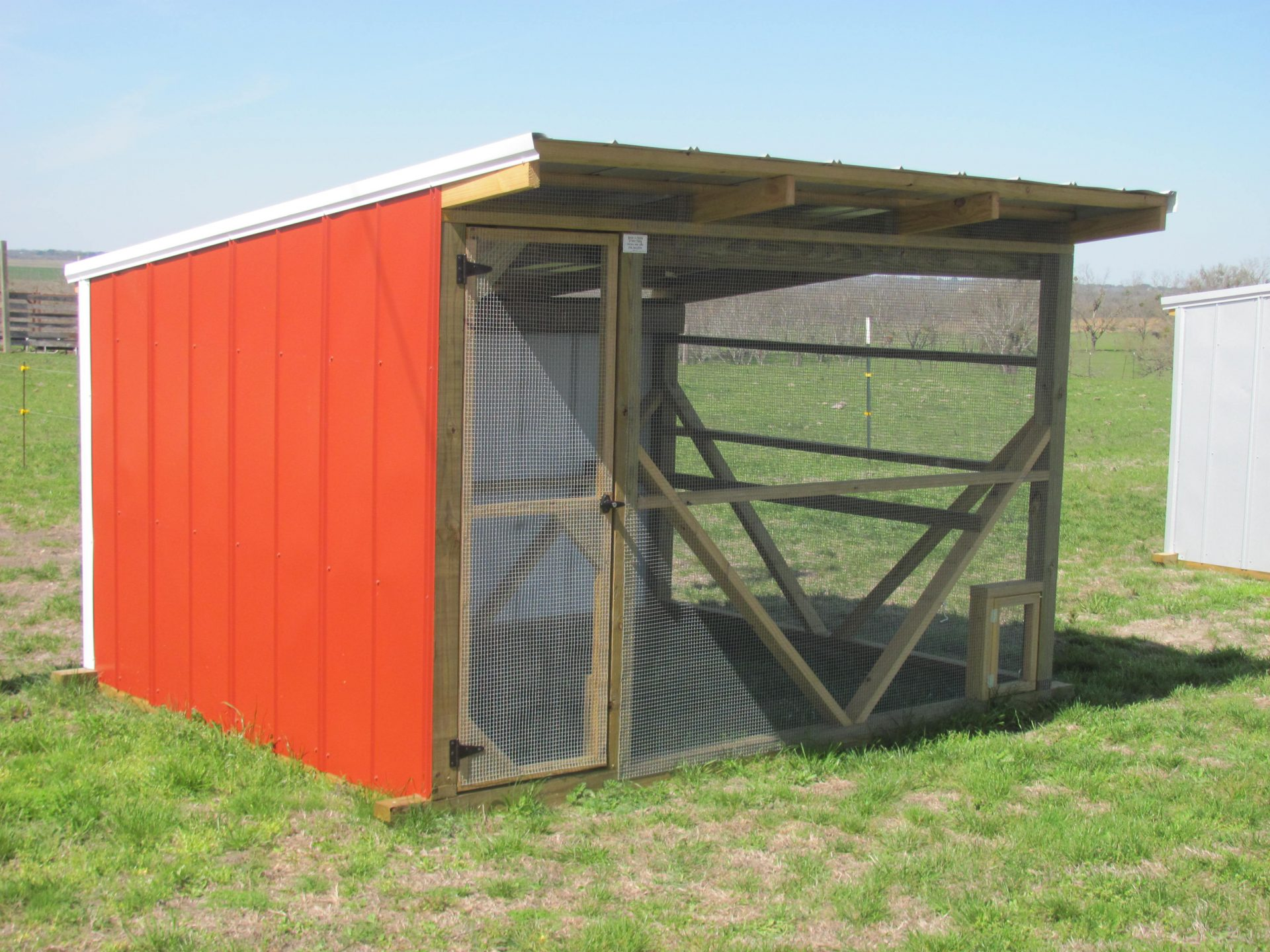Prefab and Custom Chicken Coops for Sale in Texas